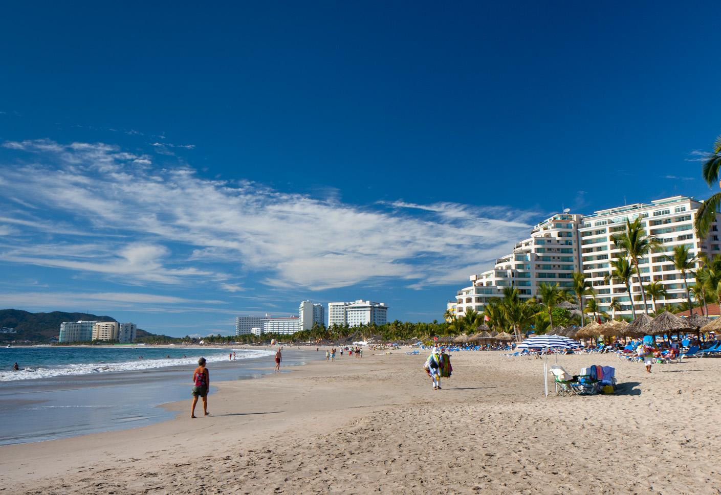 Ixtapa beach 1