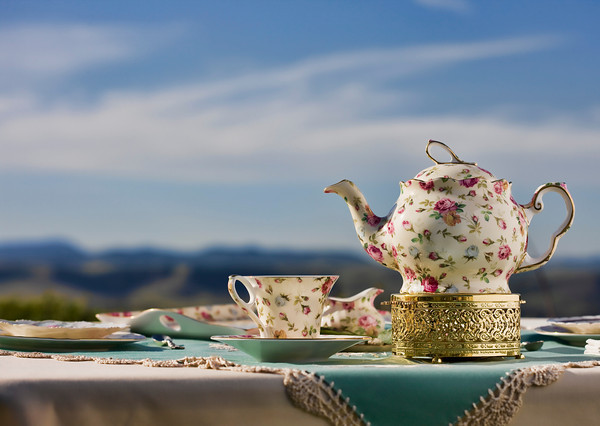 Tea with Dee Tea Set. Photo by Larny Mack Photography