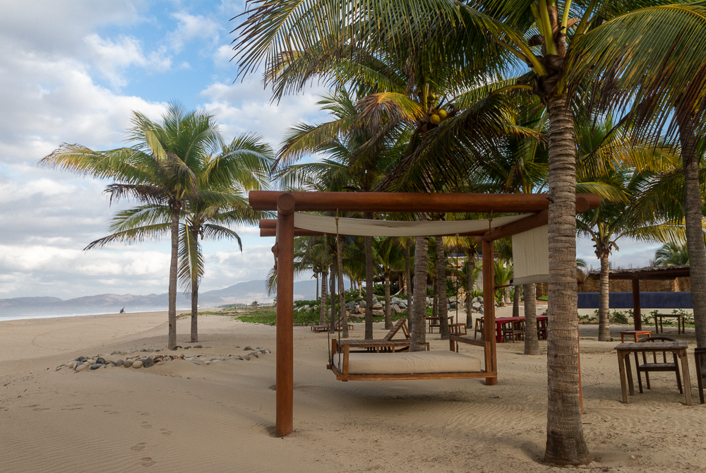 Las Palmas Beach Swinging Bed