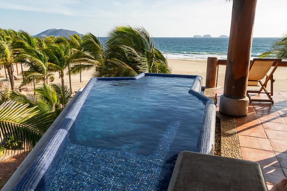 Las Palmas penthouse pool