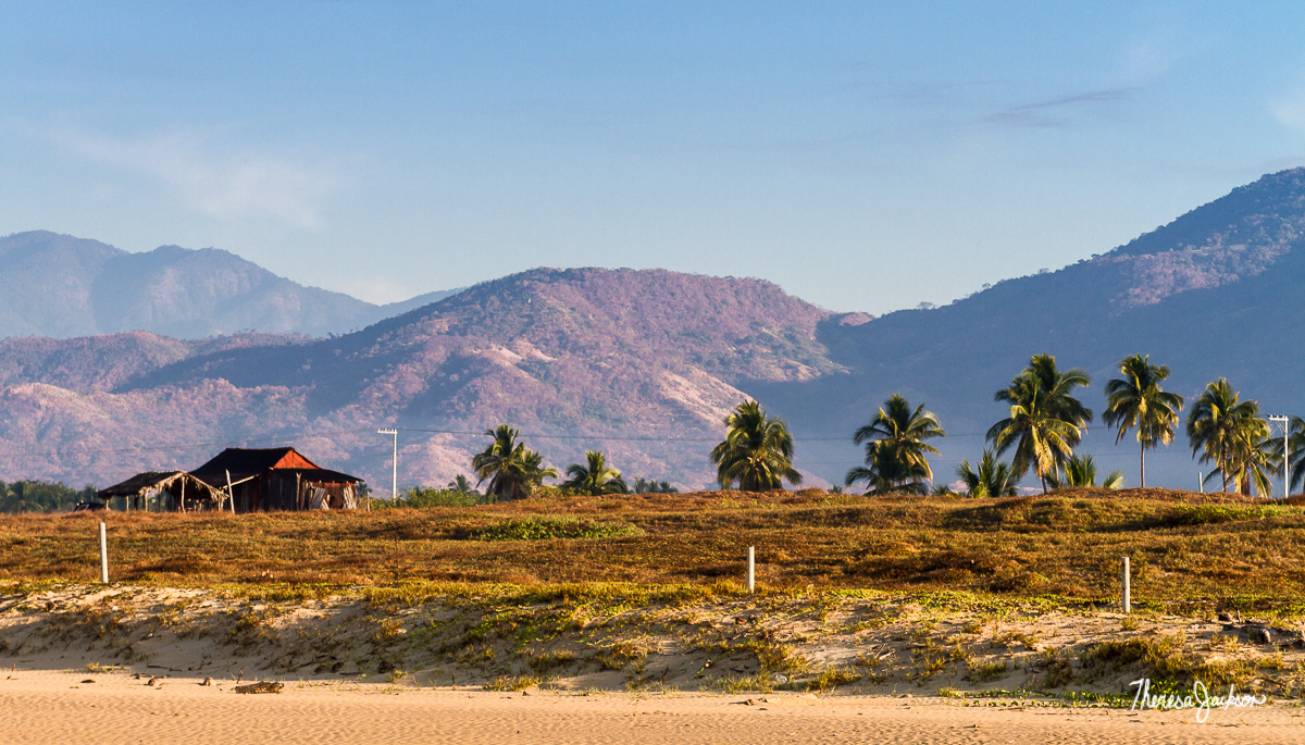Playa Blanca red barn