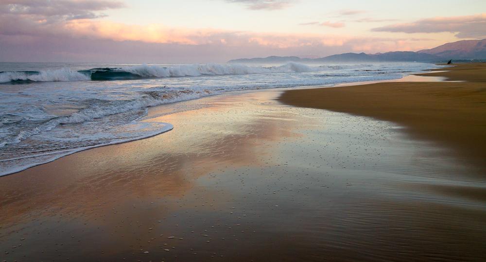 Playa Blanca sunrise north wide angle