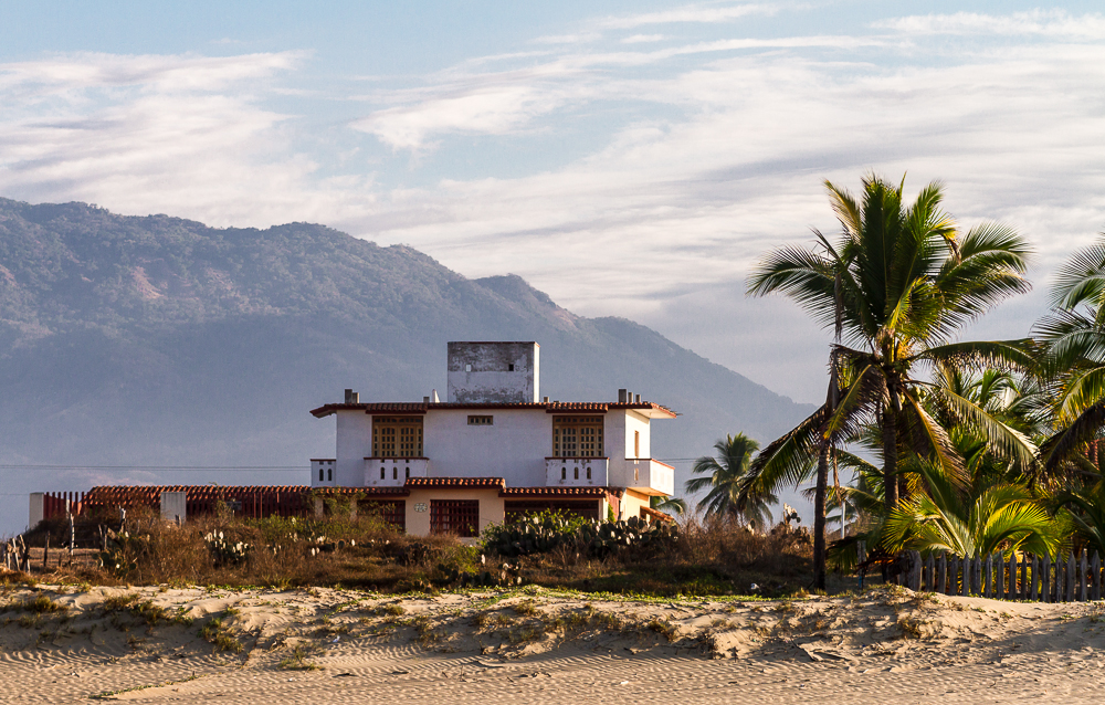 Playa Blanca Ranch Home close